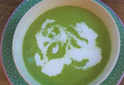 Keto zupa z groszku